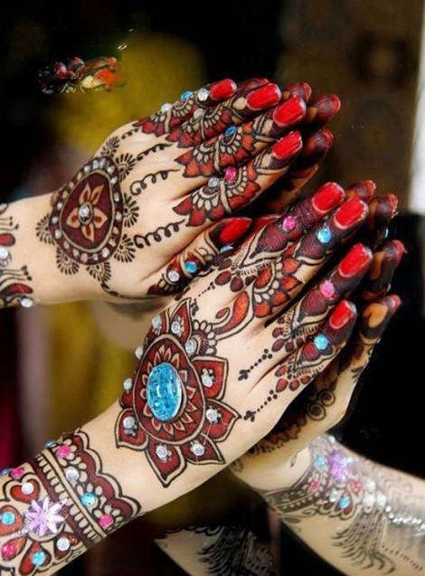 designer mehndi for hands