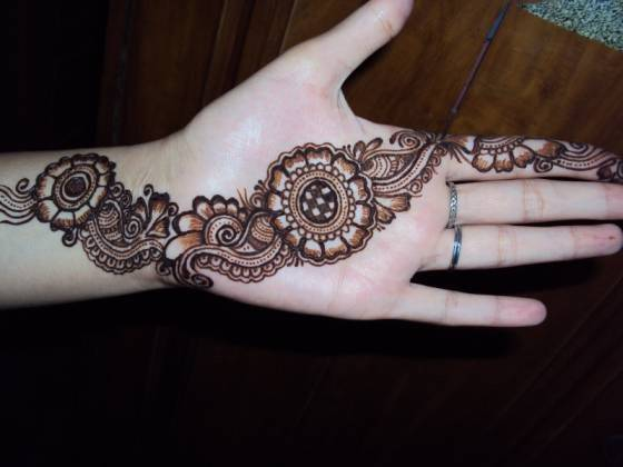 arabic mehendi for hands