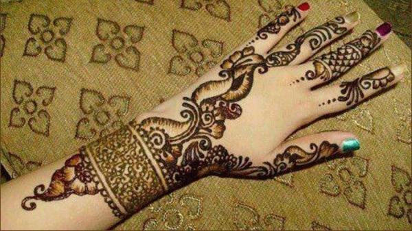 Bangle Mehndi Design