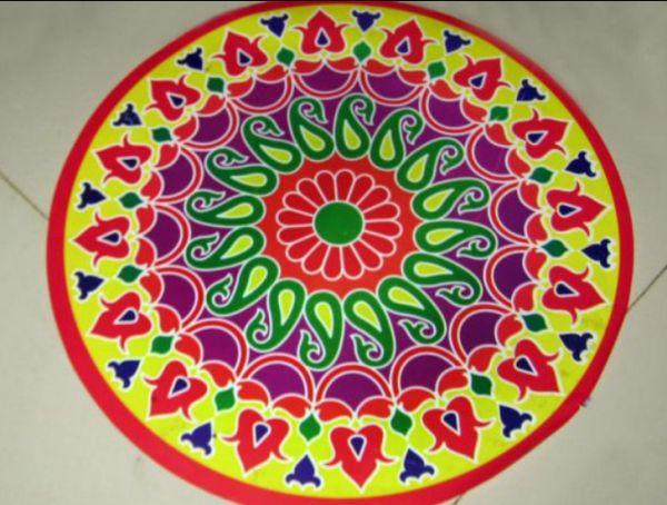 Rangoli-A row of colors
