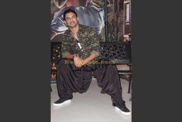 Detective Byomkesh Bakshi fashion at AIFW
