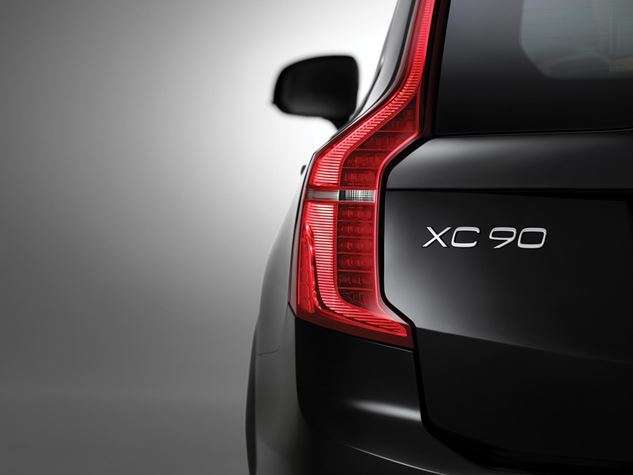 volvo launches its new SUV xc90 in India